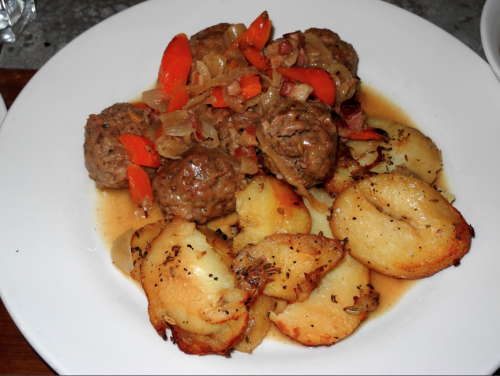 Pork-meatballs- St. Julian-valletta-malta-davidsbeenhere