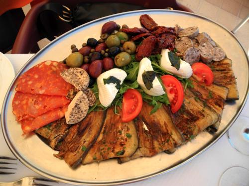 gozo-appetizers-sampler-maltese-food-davidsbeenhere