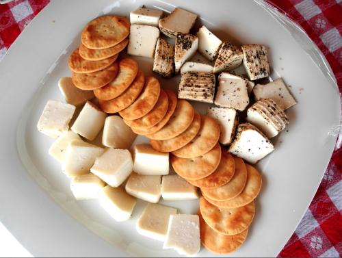 appetizers-meridiana-wine-estate-malta-davidsbeenhere