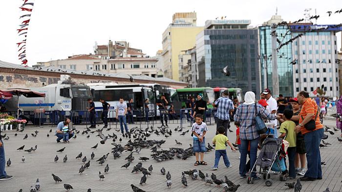 Taksim_Square_Istanbul_Turkey