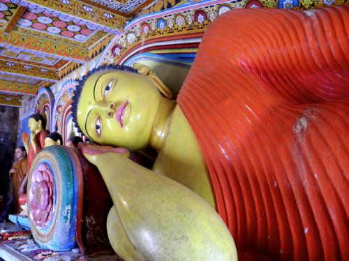 Sleeping_Buddha_Anuradhapura