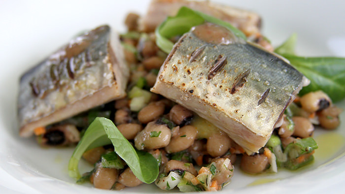 Salad_Kamari_classic and traditional greek dishes