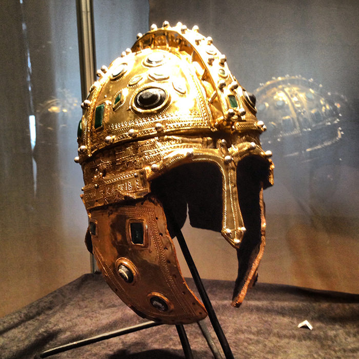Gold_Roman_Helmet_Novi_Sad_Serbia