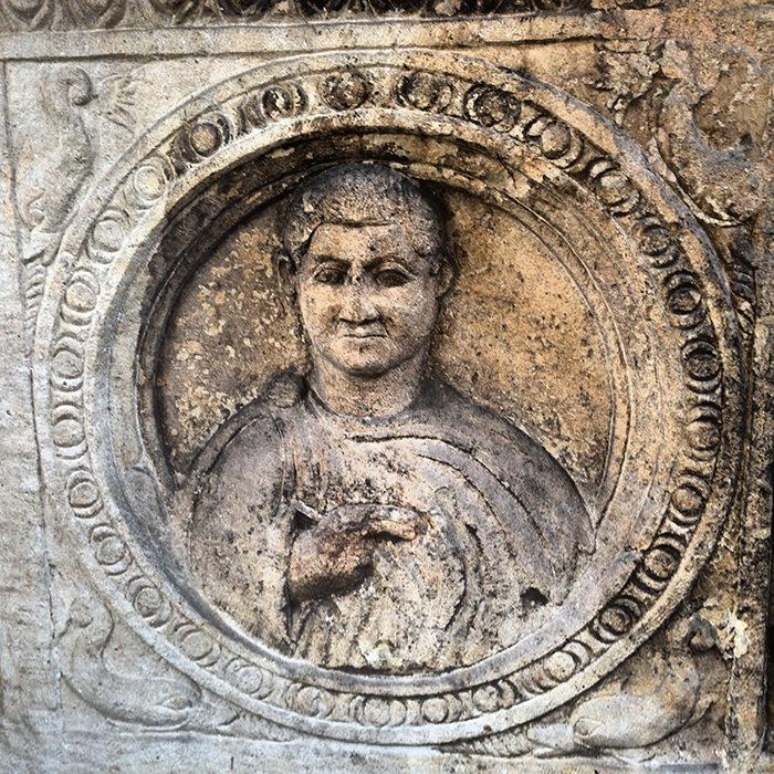 Noble_Roman_Tomb_Stone_Sirium_Serbia