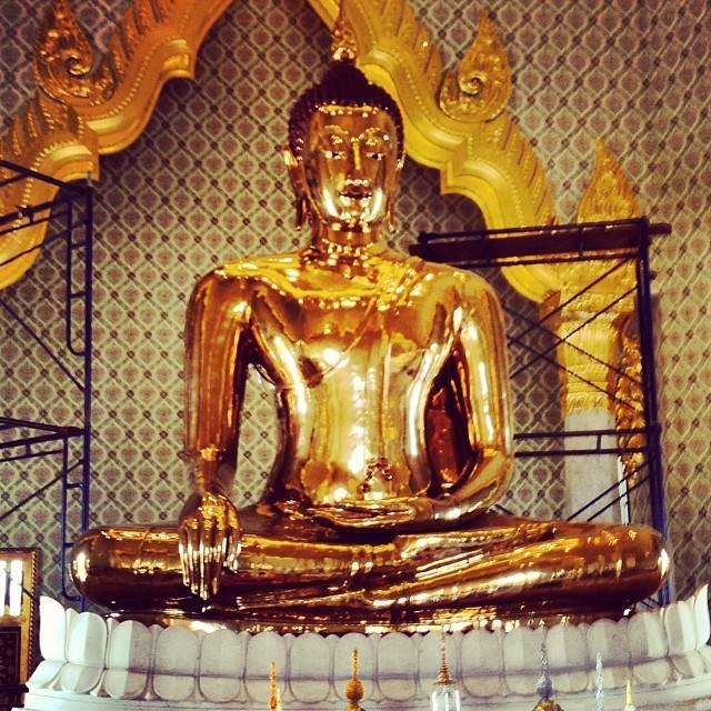 Bangkok_Thailand_Golden_Buddha