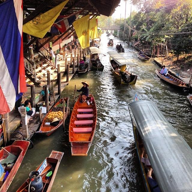 Damnoen_Saduak_Floating_Market_Thailand
