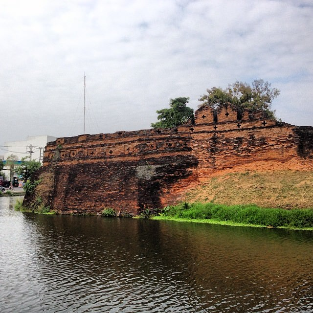 Chiang_Mai_Thailand_Fortress
