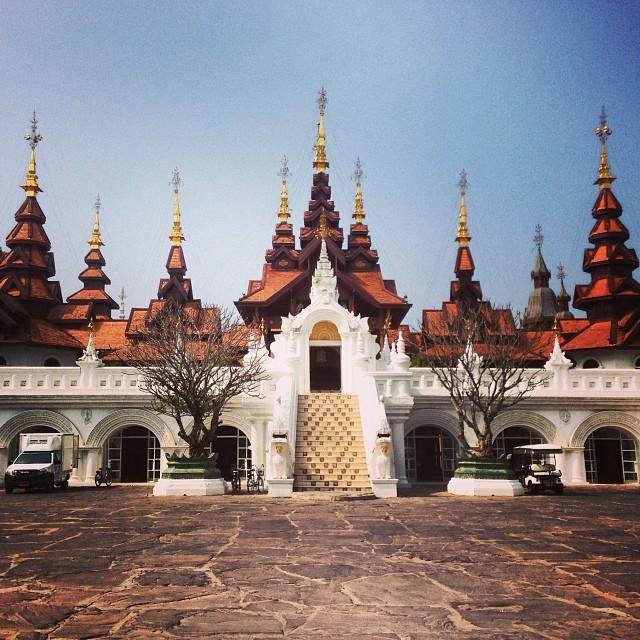 Chiang_Mai_Thailand_Dhara_Dhevi