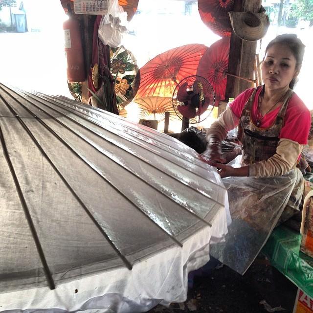Chiang_Mai_Thailand_Bo_Sang_Umbrellas
