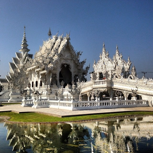 Chiang_Rai_Thailand_White_Temple