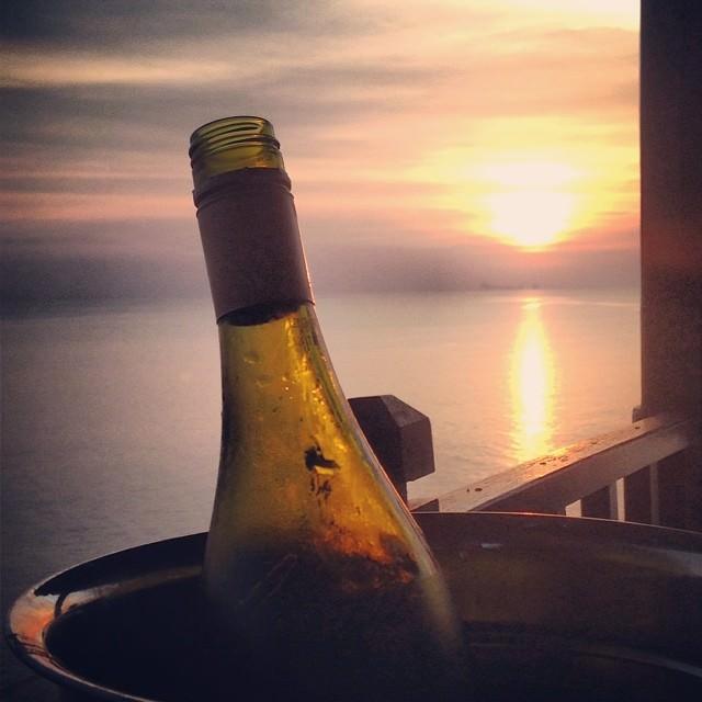 Ko_Lanta_Thailand_Sunset_Wine