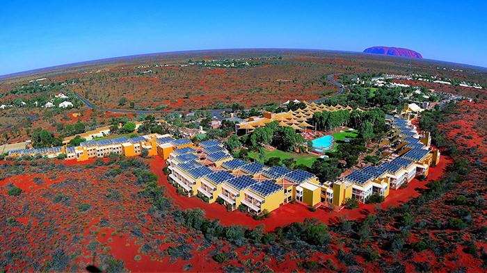 Ayers_Rock_Resort_NT_Australia