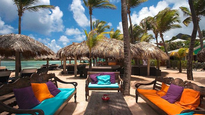 hotel-guanahani-beach-bar-davidsbeenhere-st-barts