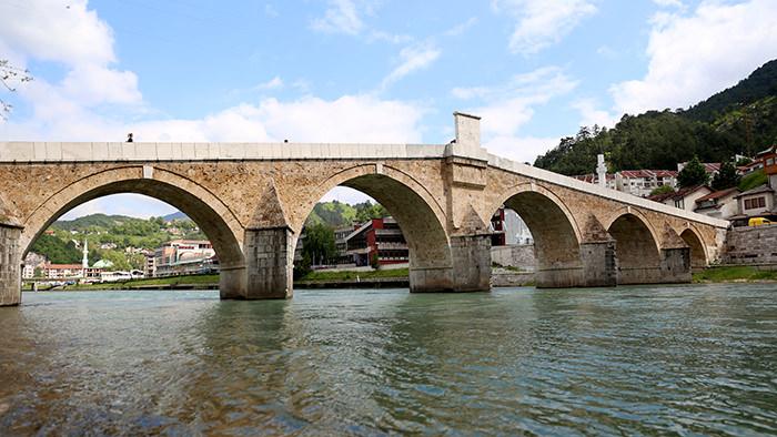 Old_Stone_Bridge_Konjic_Bosnia_Herzegovina_Balkans_Europe_Davidsbeenhere1