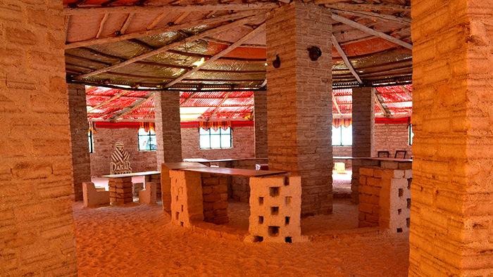 Salar_de_Uyuni_Bolivia_South_America_Davidsbeenhere_Salt_Hotel_HappyPlacesHappyFaces