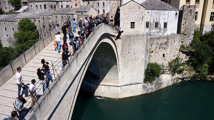 Stari_Most_Mostar_Bosnia_Herzegovina_Balkans_Europe_Diver_Davidsbeenhere