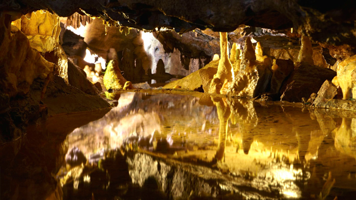 Cheddar-Gorge-Caves-davidsbeenhere