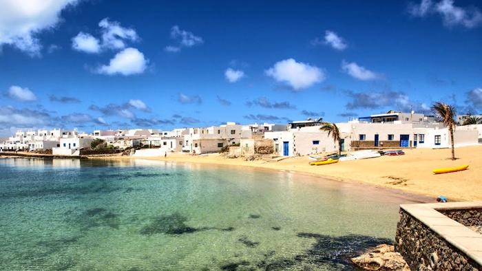 lanzarote-canary-islands-beach-davidsbeenhere