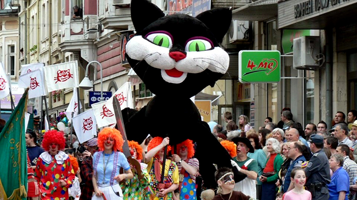 3. Gabrovo Carnival, Black cat_Europe_Davidsbeenhere, Photo credit - www.carnaval.gabrovo.bg