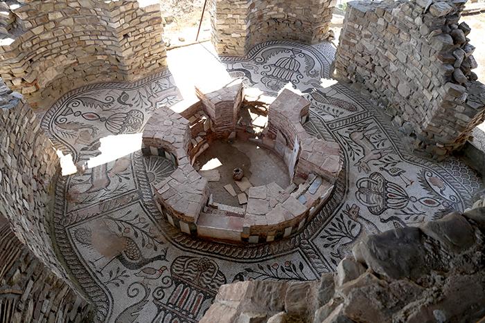10_place_you_must_visit_in_Macedonia_Stobi1