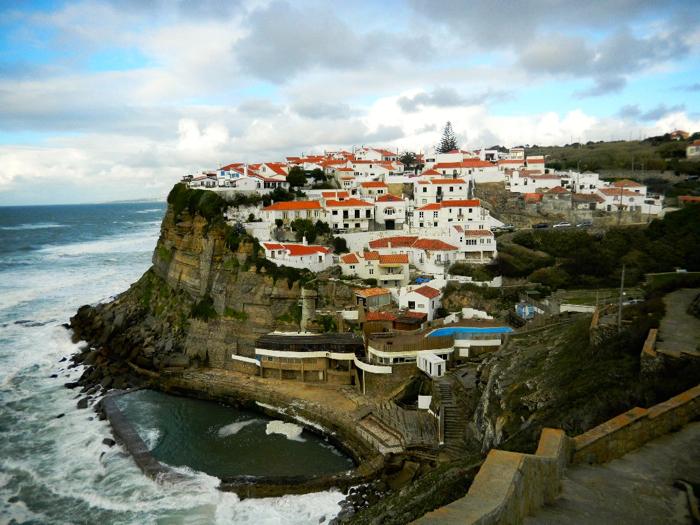 Azenhas-do-Mar-portugal-davidsbeenhere