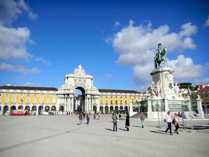commerce-square-lisbon-portugal-davidsbeenhere