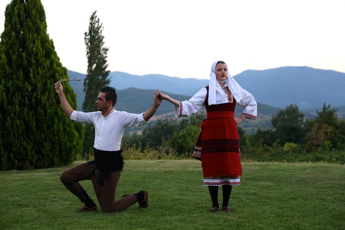 folklore-dancing-povardarie-macedonia-davidsbeenhere