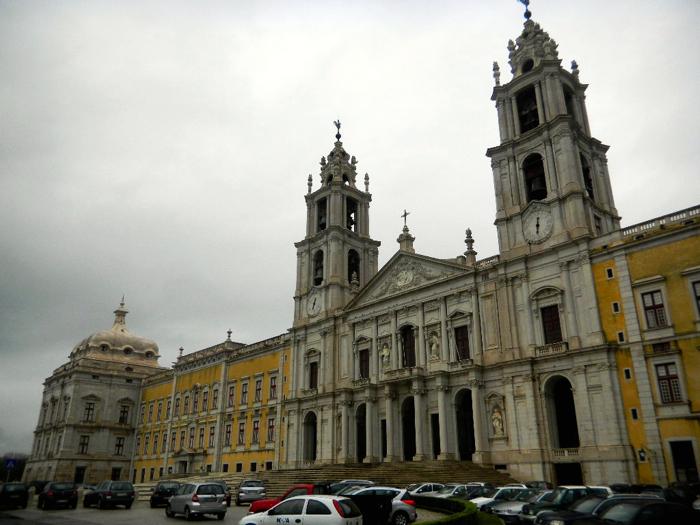 mafra-national-palace-lisbon-daytrip-davidsbeenhere