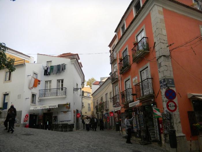 old-town-lisbon-davidsbeenhere