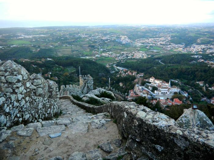 sintra-portugal-castelos-dos-mouros-davidsbeenhere