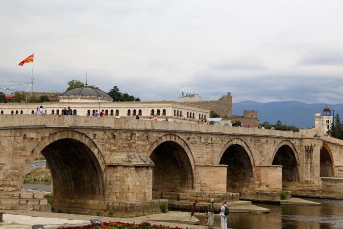 stone-bridge-skopje-macedonia-davidsbeenhere