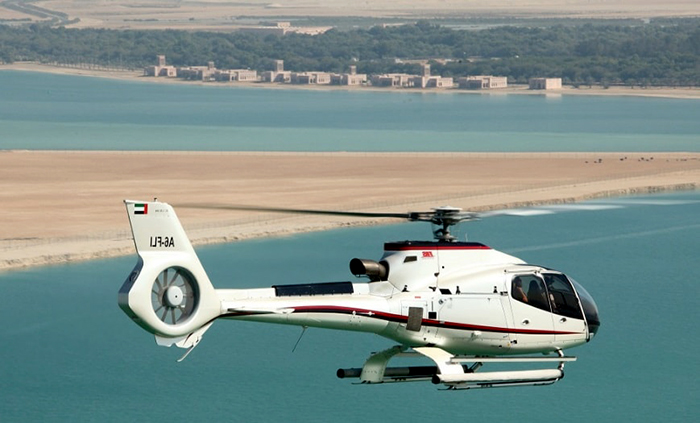Top_Things_to_See_and_Do_in_Doha_Qatar_Helicopter3