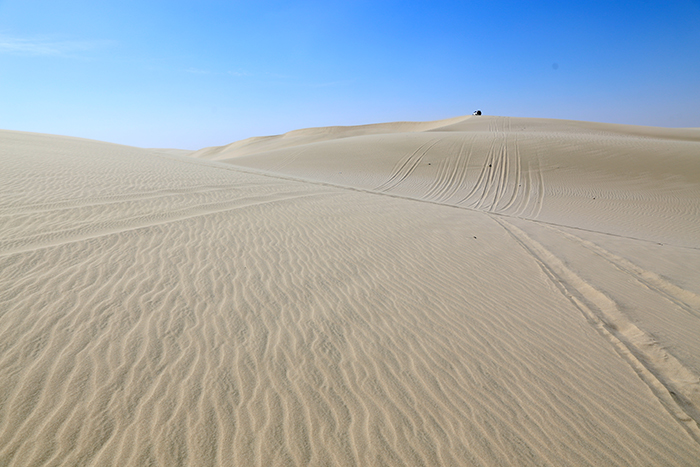 Top_Things_to_See_and_Do_in_Doha_Qatar_Sand_Dune_Bashing4