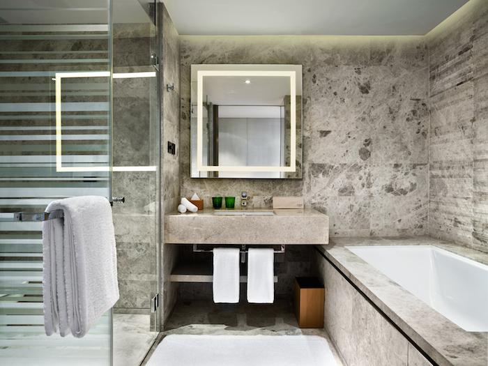 bathroom-east-beijing-hotel-davidsbeenhere