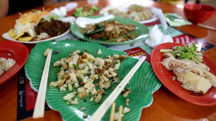 Hawker_Centres_to_Visit_in_Singapore_Davidsbeenhere5
