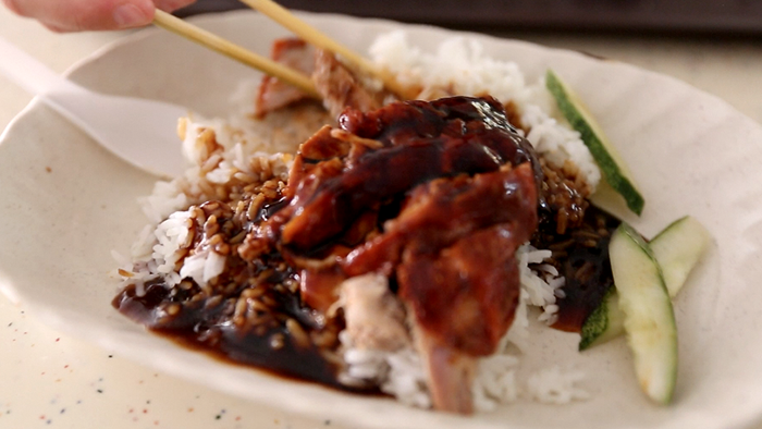 Hawker_Centres_to_Visit_in_Singapore_Davidsbeenhere9