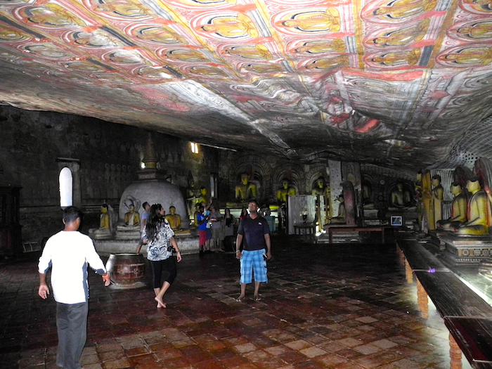 dambulla-cave-temple-sri-lanka-davidsbeenhere-3
