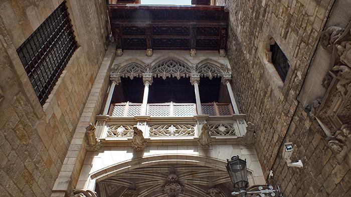 Barri_Gòtic_Barcelona_Catalunya_Spain_Europe_Davidsbeenhere3