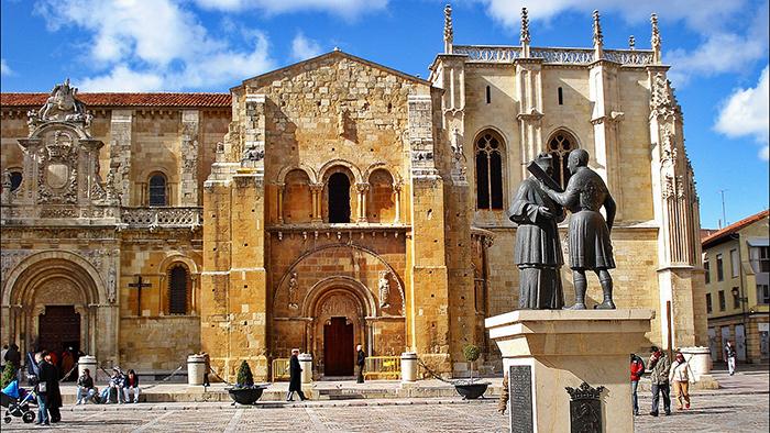 Basilica de San Isidoro_Leon_Spain_Davidsbeenhere