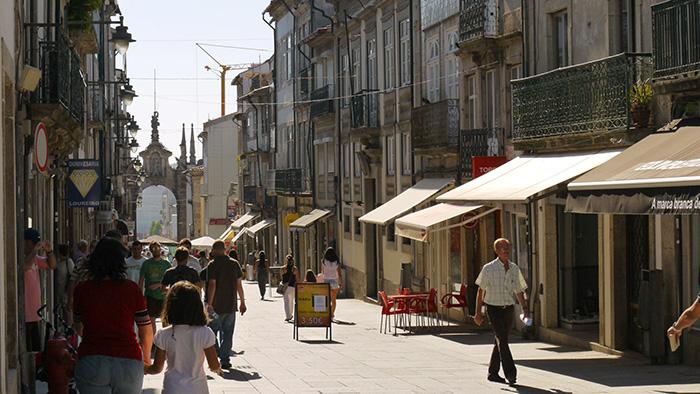 Raio Street_BRaga_Portugal_Davidsbeenhere