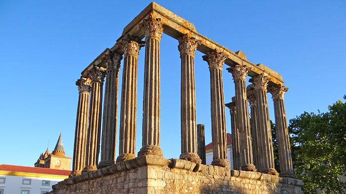 Roman Temple of Diana_Evora_Potugal_Davidsbeenhere