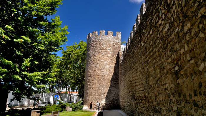 The Ancient Wall of Évora_Portugal_Davidsbeenhere