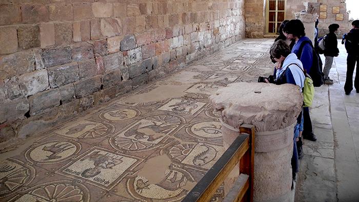 Byzantine_Church_Petra_Jordan_Middle_East_Davidsbeenhere2