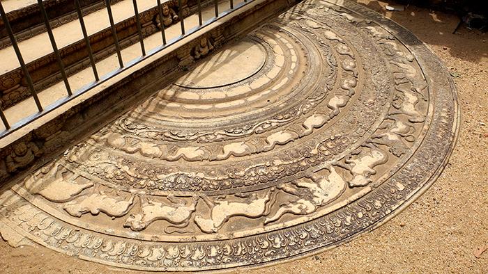 Moonstone_of_Abhayagiri_Vihara_Anuradhapura_SriLanka_Asia_Davdisbeenhere