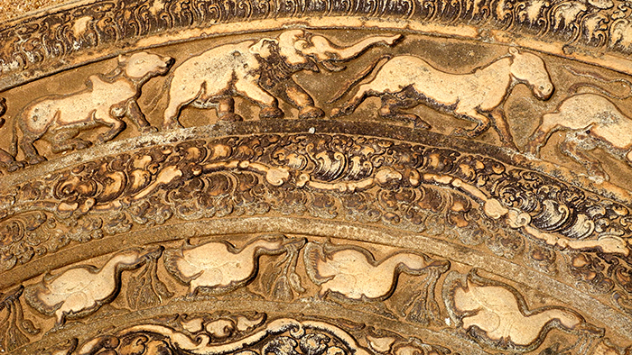 Moonstone_of_Abhayagiri_Vihara_Anuradhapura_SriLanka_Asia_Davdisbeenhere2