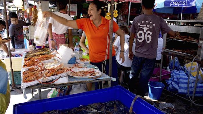 chatuchak_Market_Bangkok_Seasia_Thailand_Davidsbeenhere Cropped