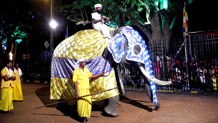 5_things_to_see_in_Kandy_Sri_Lanka_Davidsbeenhere24