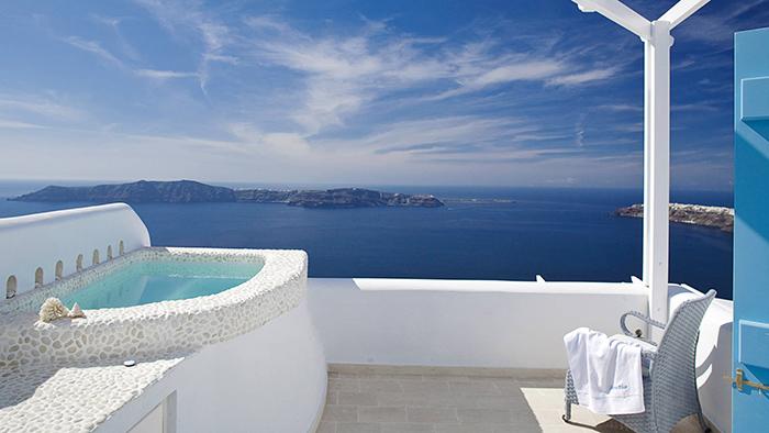 Best_Boutique_Hotels_in_Santorini_Greece_Europe_Davidsbeenhere2