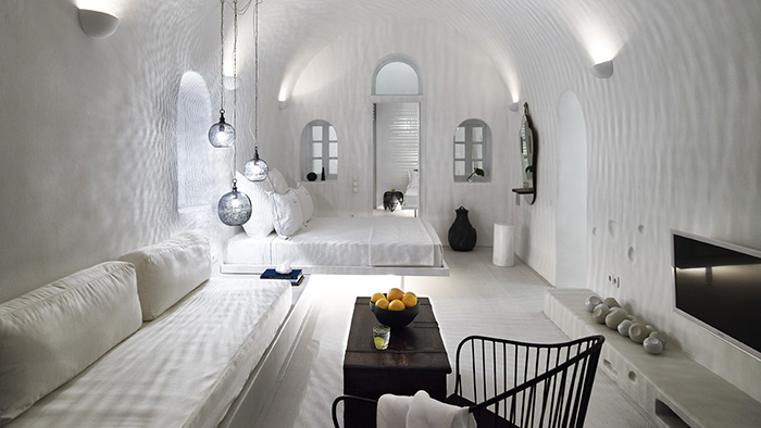 Best_Boutique_Hotels_in_Santorini_Greece_Europe_Davidsbeenhere4