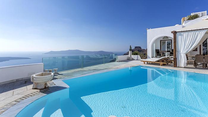 Best_Boutique_Hotels_in_Santorini_Greece_Europe_Davidsbeenhere5
